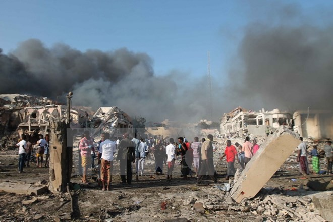 Somalie: le bilan du double attentat de Mogadiscio passe à près de 230 morts - ảnh 1