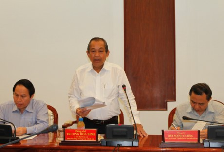 Truong Hoa Binh travaille avec Ho Chi Minh-ville sur la réforme judiciaire - ảnh 1
