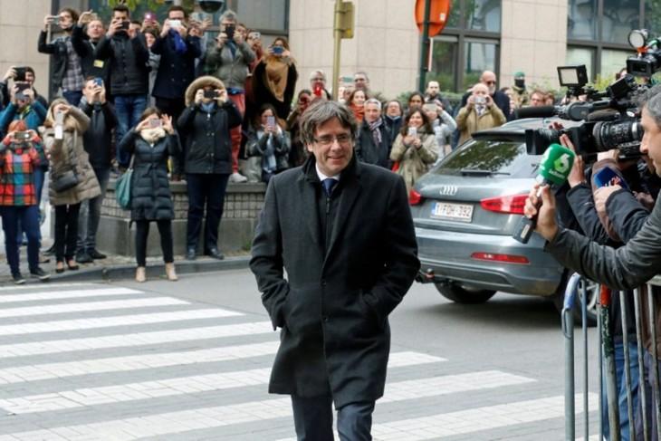 Carles Puigdemont rentrera-t-il en Espagne pour faire face à la justice? - ảnh 1
