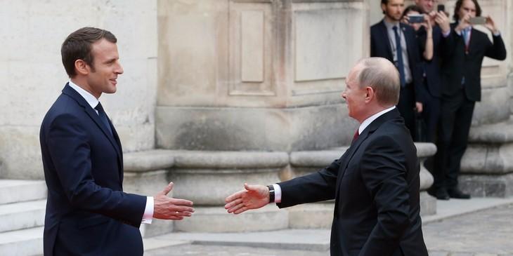 Syrie: Macron demande à Poutine d'intervenir sur l'aide humanitaire - ảnh 1