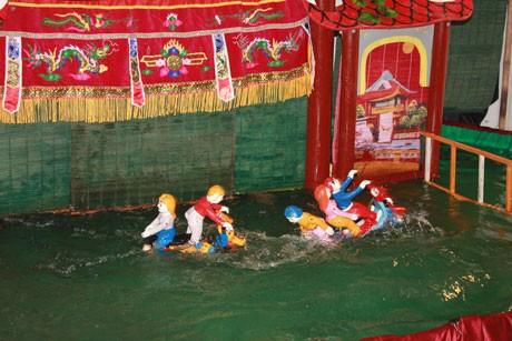 Donner aux marionnettes sur eau une nouvelle vie - ảnh 3
