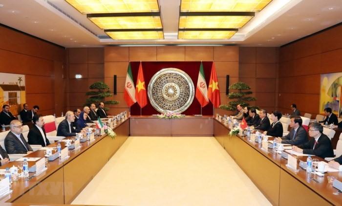 Coup de pousse aux relations Vietnam-Iran - ảnh 1