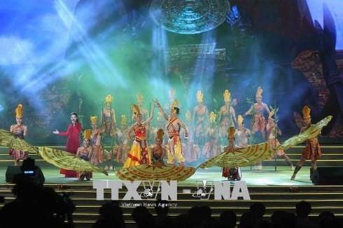 Suite des activités de la fête des rois Hùng - ảnh 1