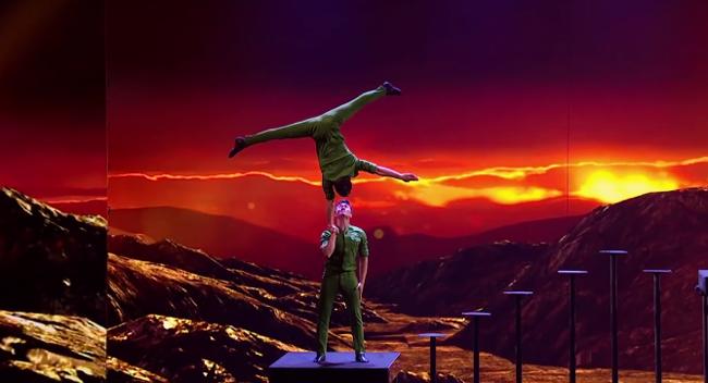 Deux acrobates vietnamiens à Britain's Got Talent 2018 - ảnh 1