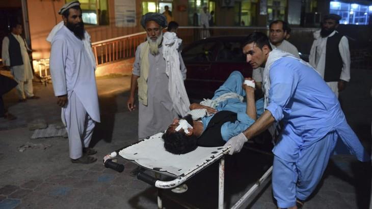 Afghanistan: 25 morts dans un attentat pendant le cessez-le-feu - ảnh 1