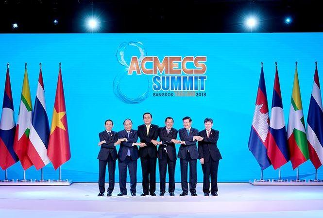 Nguyên Xuân Phuc termine sa participation à l'AMECS-8 et au CLMV-9 - ảnh 1