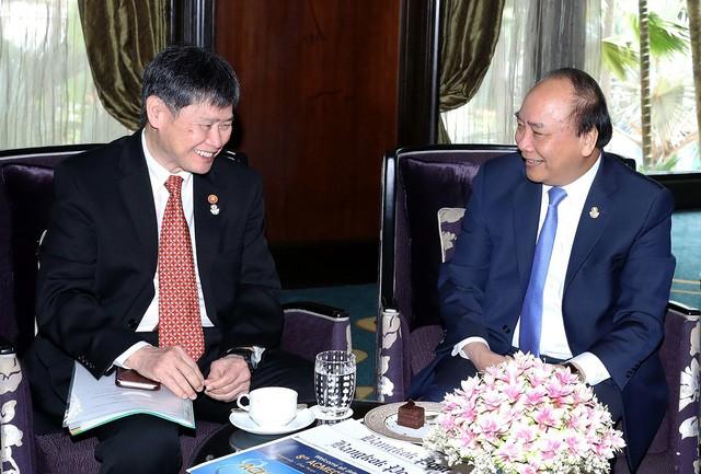 Rencontres de Nguyên Xuân Phuc en marge de l'AMECS-8 et du CLMV-9  - ảnh 1