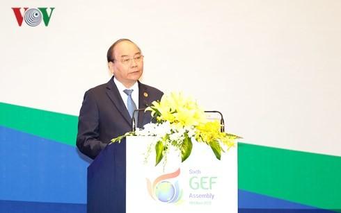 Nguyên Xuân Phuc invite le GEF à mener de nouveaux projets au Vietnam  - ảnh 1