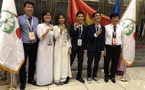 Olympiades internationales de biologie 2018 : le Vietnam remporte 3 médailles d'or - ảnh 1