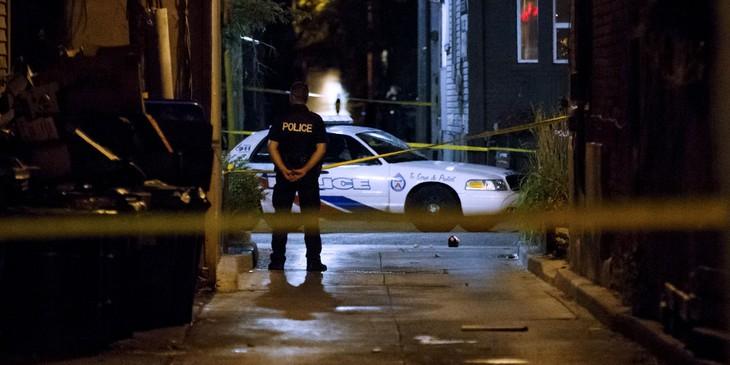 Canada : la fusillade de Toronto a fait deux morts, dont le tireur, et 13 blessés - ảnh 1