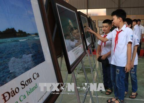 « Hoàng Sa et Truong Sa – les preuves historiques et juridiques » arrive à Bac Kan - ảnh 1