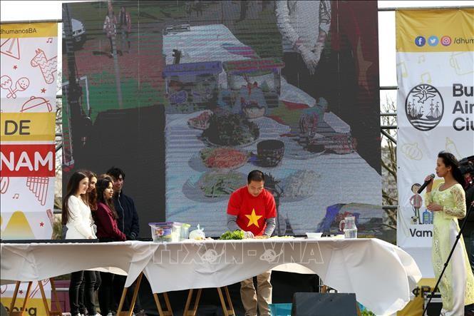 Journée du Vietnam en Argentine - ảnh 2