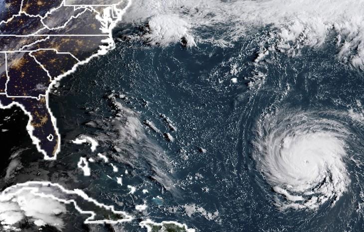 L'ouragan Florence, «extrêmement dangereux», menace les États-Unis - ảnh 1