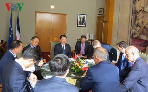 Vietnam-France: renforcer la coopération dans l'environnement - ảnh 1