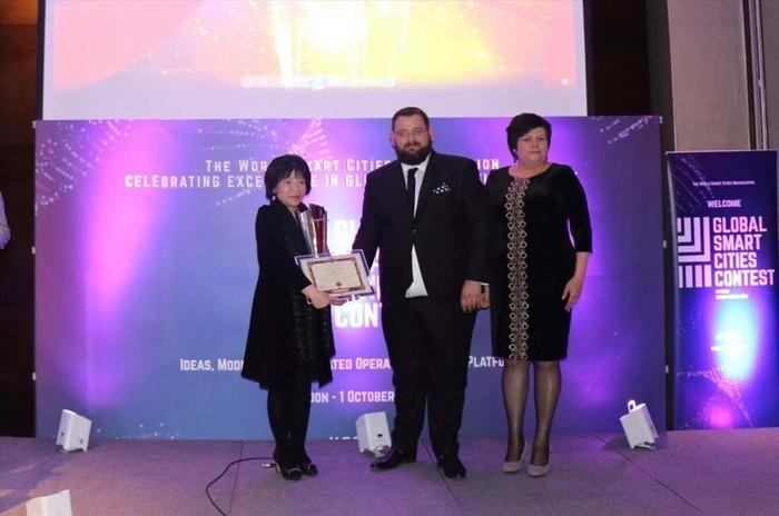 Le groupe vietnamien AIC remporte le prix d'initiative du concours mondial sur la ville intelligente - ảnh 1