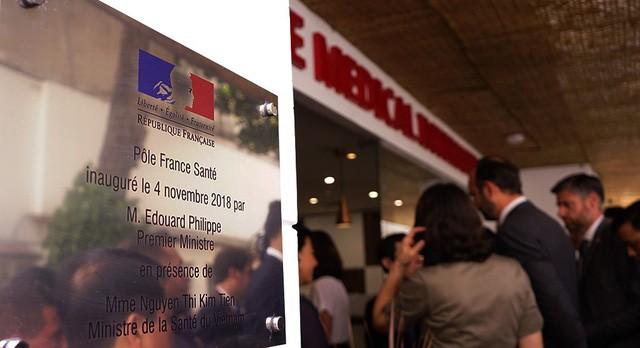 Le Premier ministre français à l'inauguration du Pôle France Santé  - ảnh 2