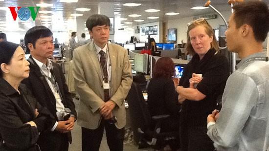 ベトナムの声放送局代表団、独、英を訪問中 - ảnh 1