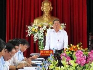 アイン政治局員、ビンロン 省を訪れる - ảnh 1