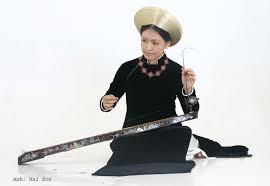 民族楽器1弦琴ダンバウの演奏 - ảnh 1