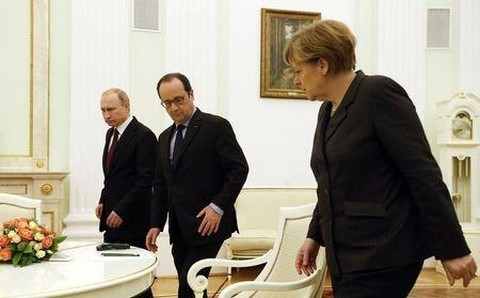 独仏首脳 ロシア大統領と会談 - ảnh 1