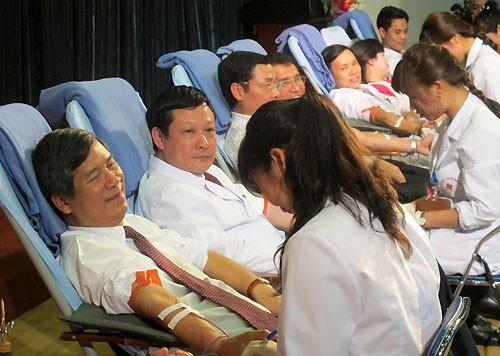 新年にあたり、献血運動はじまる - ảnh 1