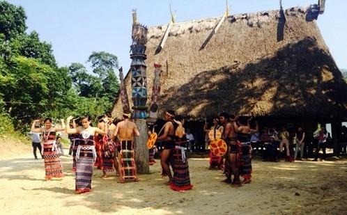 カトゥー族のコミュニティー・ベースド・ツーリズム - ảnh 2