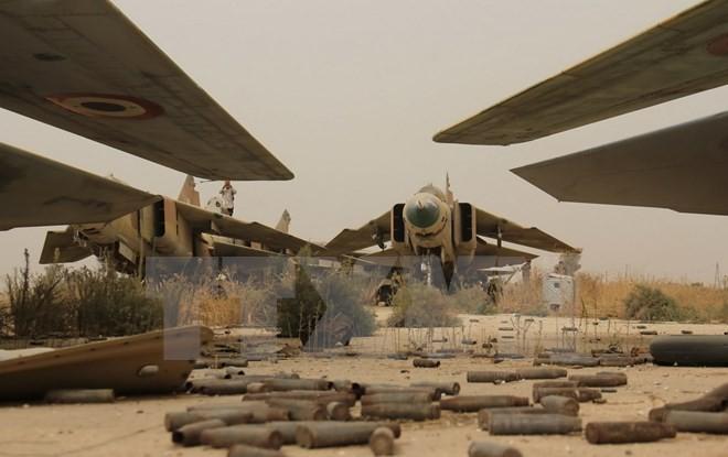 交戦で54人死亡=「イスラム国」が空軍基地攻撃-シリア東部 - ảnh 1