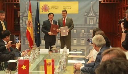 ベトナムとスペイン、刑事に関する共助協定に調印 - ảnh 1