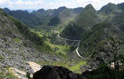 国境の地・ドンバン岩石高原の探検 - ảnh 1