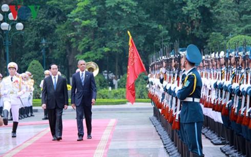 米・オバマ大統領 ベトナム公式訪問を開始 - ảnh 1