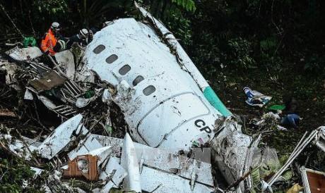 コロンビア墜落、直前に予備燃料の問題報告 ボリビア当局が隠蔽か - ảnh 1