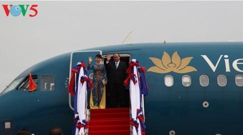 フック首相、ASEAN首脳会議の出席のため、ハノイを発つ - ảnh 1