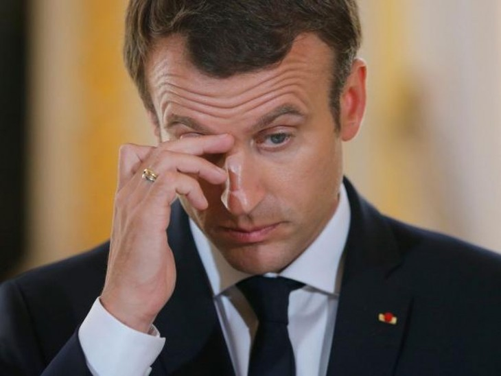 マクロン仏大統領の支持率急落 - ảnh 1