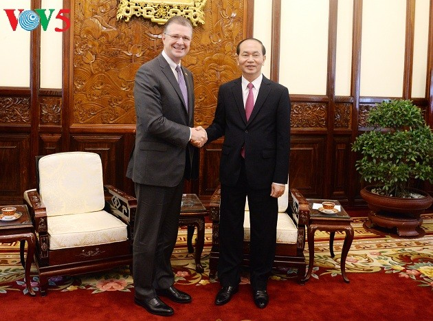 クアン国家主席、各国大使と会見 - ảnh 3