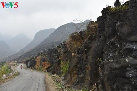 ハザン省のドンバン岩石高原・メオバックへの探検 - ảnh 1