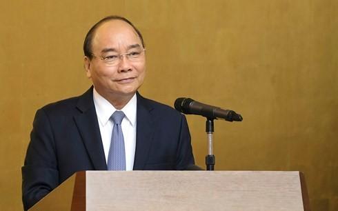 フック首相、国外在留ベトナムの代表的な知識人と懇親 - ảnh 1