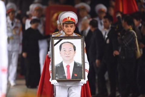 各国の指導者、引き続きクアン首相の死去に弔意 - ảnh 1