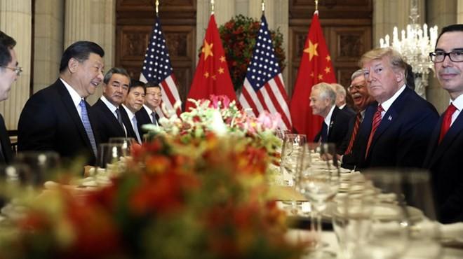 米中首脳が電話会談 トランプ大統領「大きな進展」 - ảnh 1