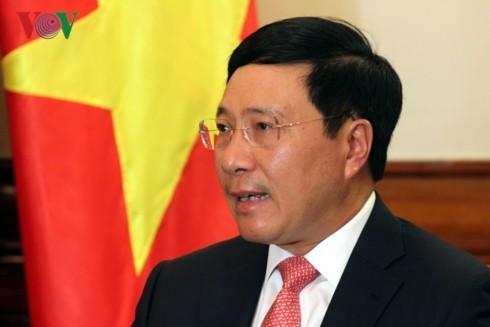 ミン副首相兼外相、報道機関の代表と会合 - ảnh 1