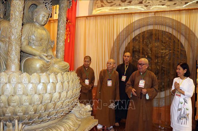 仏教芸術展が開催 - ảnh 1