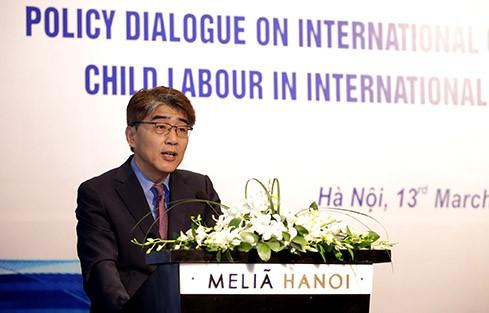 児童労働者に関する国際労働基準で対話を行う - ảnh 1