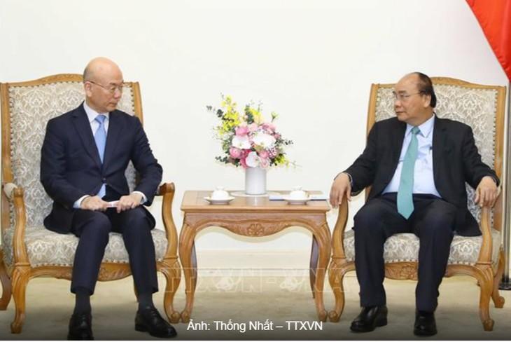 フック首相、韓国放送通信委員長と会見 - ảnh 1
