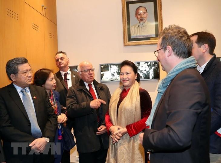 ガン国会議長、フランスを訪問中 - ảnh 1