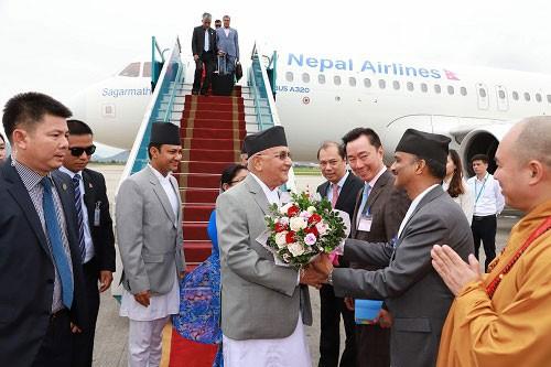 ネパール首相、ベトナム訪問を開始 - ảnh 1