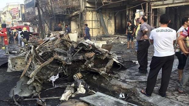 イラク首都のモスクで爆発 10人死亡 - ảnh 1