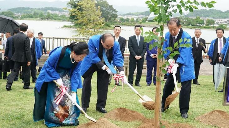 フック首相、和歌山県を訪れる - ảnh 2