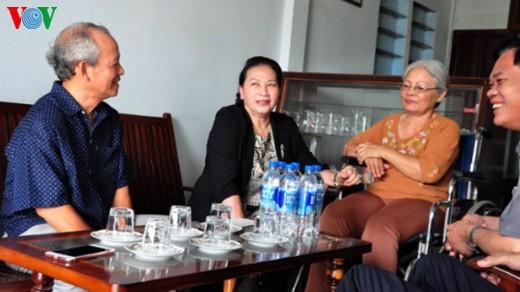 ガン国会議長、中部フーイエン省を訪れる - ảnh 1