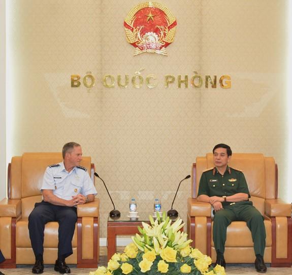 ベトナムとアメリカとの国防関係を強化 - ảnh 1