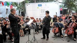 传统音乐与现代音乐汇聚的平台 - ảnh 1