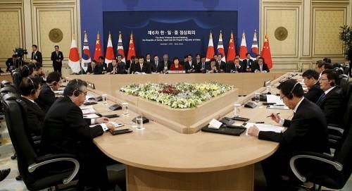 中日韩领导人会议在韩国举行 - ảnh 1